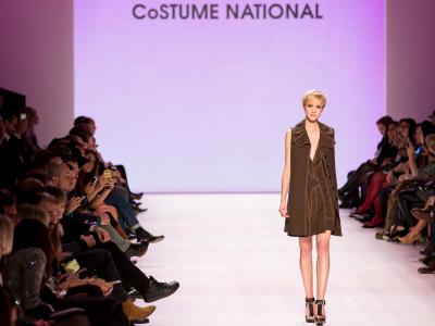 CoSTUME NATIONAL (4)